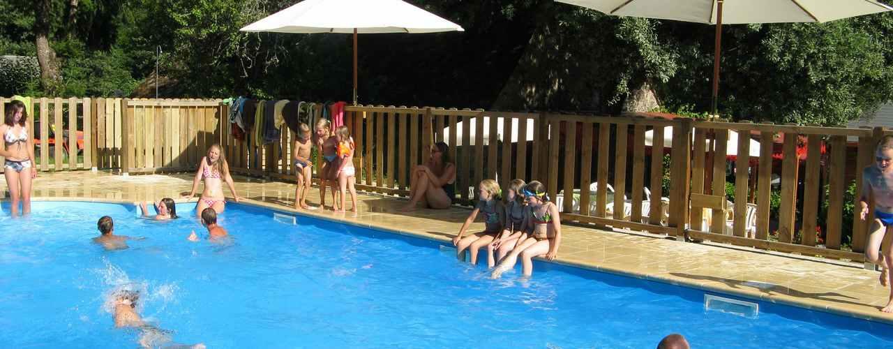 zwembad op onze kleine ANWB camping